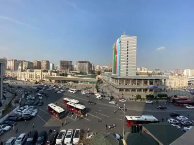 Bakı şəhəri, Nəsimi rayonunda, 3 otaqlı yeni tikili kirayə verilir (Elan: 161033)