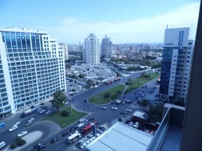 Bakı şəhəri, Yasamal rayonunda, 4 otaqlı yeni tikili kirayə verilir (Elan: 113399)
