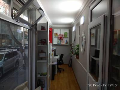 Bakı şəhəri, Nəsimi rayonunda, 4 otaqlı ofis kirayə verilir (Elan: 114115)