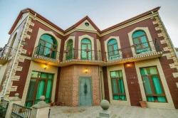 Bakı şəhəri, Səbail rayonu, Badamdar qəsəbəsində, 4 otaqlı ev / villa kirayə verilir (Elan: 178664)