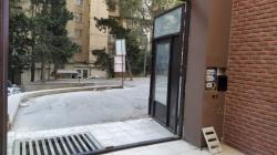 Bakı şəhəri, Binəqədi rayonu, 9-cu mikrorayon qəsəbəsində obyekt kirayə verilir (Elan: 200915)