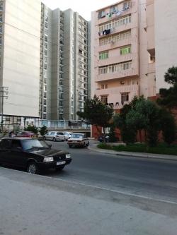 Bakı şəhəri, Xətai rayonu, Həzi Aslanov qəsəbəsində, 2 otaqlı köhnə tikili satılır (Elan: 193726)