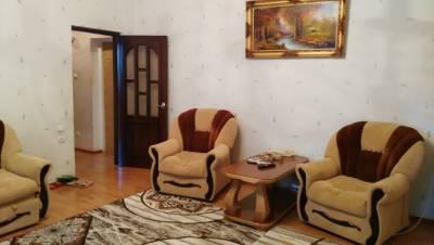 Bakı şəhəri, Səbail rayonunda, 2 otaqlı köhnə tikili satılır (Elan: 166106)