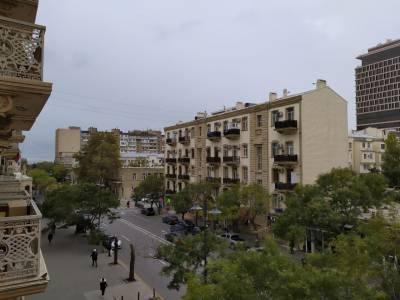 Bakı şəhəri, Səbail rayonunda, 1 otaqlı köhnə tikili kirayə verilir (Elan: 160884)