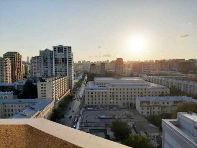 Bakı şəhəri, Nəsimi rayonunda, 3 otaqlı yeni tikili kirayə verilir (Elan: 108392)