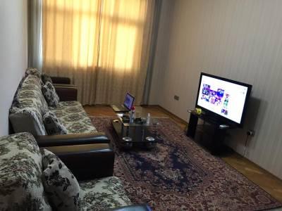 Bakı şəhəri, Nəsimi rayonunda, 2 otaqlı yeni tikili kirayə verilir (Elan: 144585)