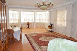 Bakı şəhəri, Qaradağ rayonu, Şıxov qəsəbəsində, 8 otaqlı ev / villa kirayə verilir (Elan: 202202)