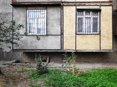 Bakı şəhəri, Suraxanı rayonunda, 3 otaqlı köhnə tikili satılır (Elan: 109878)