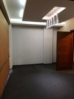 Bakı şəhəri, Səbail rayonunda, 4 otaqlı ofis kirayə verilir (Elan: 201409)