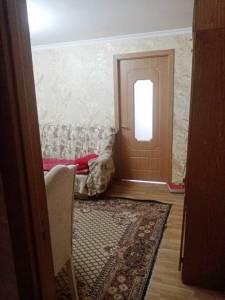 Bakı şəhəri, Nizami rayonu, 8-ci kilometr qəsəbəsində, 2 otaqlı köhnə tikili satılır (Elan: 172496)