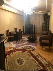 Bakı şəhəri, Nərimanov rayonunda, 3 otaqlı yeni tikili kirayə verilir (Elan: 106753)