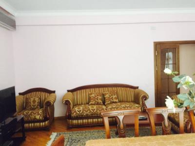 Bakı şəhəri, Nərimanov rayonunda, 3 otaqlı yeni tikili kirayə verilir (Elan: 106272)