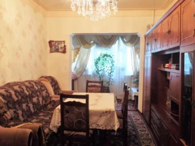 Bakı şəhəri, Binəqədi rayonu, 8-ci mikrorayon qəsəbəsində, 3 otaqlı köhnə tikili satılır (Elan: 108643)