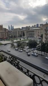 Bakı şəhəri, Yasamal rayonunda, 3 otaqlı yeni tikili kirayə verilir (Elan: 109650)