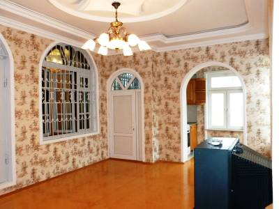 Bakı şəhəri, Binəqədi rayonunda, 6 otaqlı ev / villa satılır (Elan: 112512)