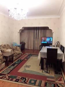 Bakı şəhəri, Nizami rayonunda, 3 otaqlı köhnə tikili satılır (Elan: 113890)