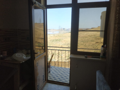 Bakı şəhəri, Abşeron rayonu, Masazır qəsəbəsində, 2 otaqlı yeni tikili satılır (Elan: 109276)