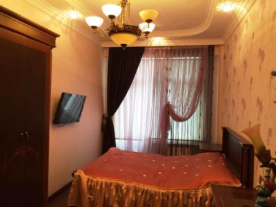 Bakı şəhəri, Nərimanov rayonunda, 3 otaqlı yeni tikili kirayə verilir (Elan: 108344)