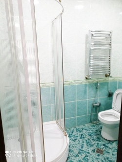 Bakı şəhəri, Nərimanov rayonunda, 3 otaqlı yeni tikili kirayə verilir (Elan: 193755)