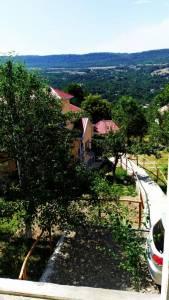 Quba şəhərində, 8 otaqlı ev / villa kirayə verilir (Elan: 143194)
