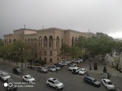 Bakı şəhəri, Səbail rayonunda, 3 otaqlı köhnə tikili kirayə verilir (Elan: 108760)