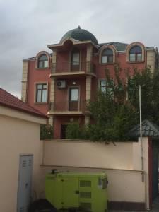 Bakı şəhəri, Səbail rayonu, Badamdar qəsəbəsində, 8 otaqlı ev / villa kirayə verilir (Elan: 145022)
