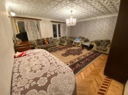 Bakı şəhəri, Yasamal rayonu, Yasamal qəsəbəsində, 3 otaqlı köhnə tikili satılır (Elan: 201950)