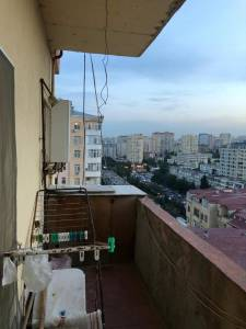 Bakı şəhəri, Nəsimi rayonu, 4-cü mikrorayon qəsəbəsində, 3 otaqlı yeni tikili satılır (Elan: 167896)