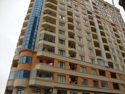 Bakı şəhəri, Binəqədi rayonunda, 3 otaqlı yeni tikili satılır (Elan: 107303)