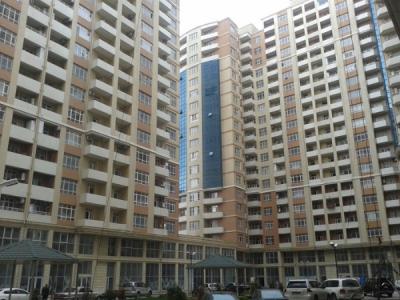 Bakı şəhəri, Xətai rayonunda, 3 otaqlı yeni tikili kirayə verilir (Elan: 106504)
