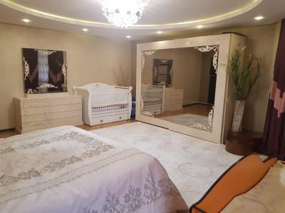 Bakı şəhəri, Nərimanov rayonunda, 3 otaqlı yeni tikili satılır (Elan: 111354)