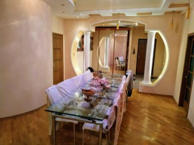 Bakı şəhəri, Nəsimi rayonunda, 4 otaqlı yeni tikili satılır (Elan: 108303)