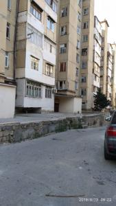 Bakı şəhəri, Xətai rayonu, Əhmədli qəsəbəsində, 3 otaqlı köhnə tikili satılır (Elan: 107205)