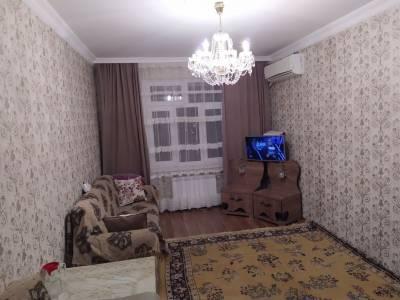 Bakı şəhəri, Xətai rayonu, Əhmədli qəsəbəsində, 4 otaqlı köhnə tikili satılır (Elan: 158106)