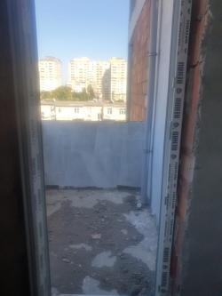 Bakı şəhəri, Binəqədi rayonu, 7-ci mikrorayon qəsəbəsində, 2 otaqlı yeni tikili satılır (Elan: 190096)