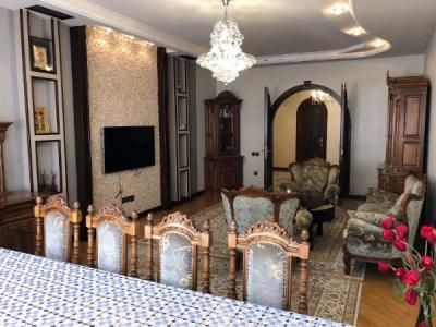 Bakı şəhəri, Nərimanov rayonunda, 4 otaqlı yeni tikili satılır (Elan: 110602)