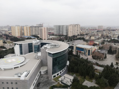 Bakı şəhəri, Nizami rayonu, 8-ci kilometr qəsəbəsində, 3 otaqlı yeni tikili satılır (Elan: 107411)