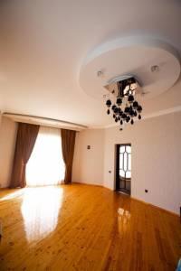 Bakı şəhəri, Abşeron rayonu, Saray qəsəbəsində, 6 otaqlı ev / villa satılır (Elan: 154563)