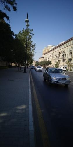 Bakı şəhəri, Yasamal rayonunda, 2 otaqlı köhnə tikili satılır (Elan: 184297)