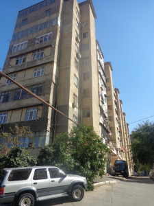 Bakı şəhəri, Xətai rayonu, Əhmədli qəsəbəsində, 2 otaqlı köhnə tikili satılır (Elan: 106974)