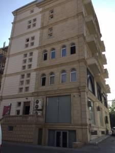 Bakı şəhəri, Nəsimi rayonunda, 6 otaqlı ofis kirayə verilir (Elan: 156910)