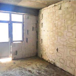Bakı şəhəri, Nizami rayonu, 8-ci kilometr qəsəbəsində, 2 otaqlı yeni tikili satılır (Elan: 108178)