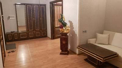 Bakı şəhəri, Nəsimi rayonunda, 3 otaqlı yeni tikili kirayə verilir (Elan: 144569)