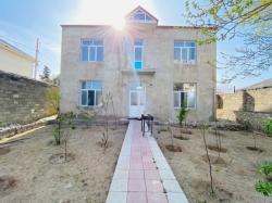 Bakı şəhəri, Xəzər rayonu, Şüvəlan qəsəbəsində, 5 otaqlı ev / villa satılır (Elan: 180947)