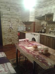 Bakı şəhəri, Yasamal rayonu, Yeni Yasamal qəsəbəsində, 3 otaqlı yeni tikili satılır (Elan: 157894)