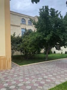 Bakı şəhəri, Nərimanov rayonunda, 9 otaqlı ev / villa kirayə verilir (Elan: 107557)