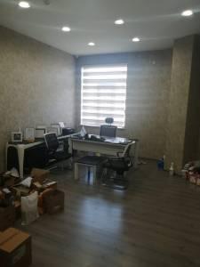 Bakı şəhəri, Nərimanov rayonunda, 1 otaqlı ofis kirayə verilir (Elan: 147042)
