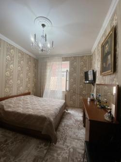 Bakı şəhəri, Nizami rayonu, Keşlə qəsəbəsində, 4 otaqlı ev / villa satılır (Elan: 188293)