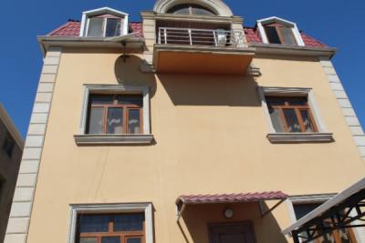 Bakı şəhəri, Səbail rayonu, Badamdar qəsəbəsində, 7 otaqlı ev / villa kirayə verilir (Elan: 109903)