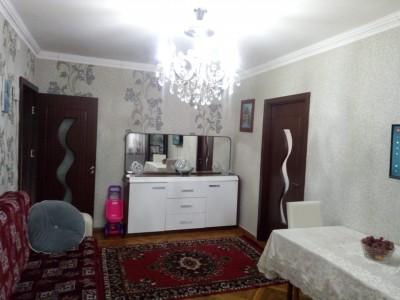 Bakı şəhəri, Səbail rayonunda, 3 otaqlı köhnə tikili satılır (Elan: 108666)